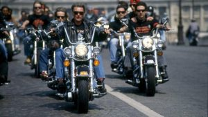 johnny-hallyday-bikers_5988864[1]